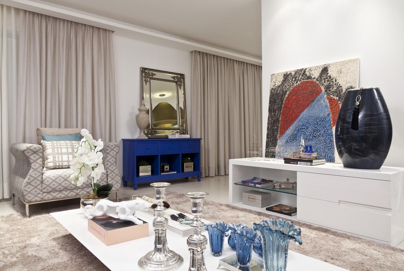 Elementos decorativos em tons de azul