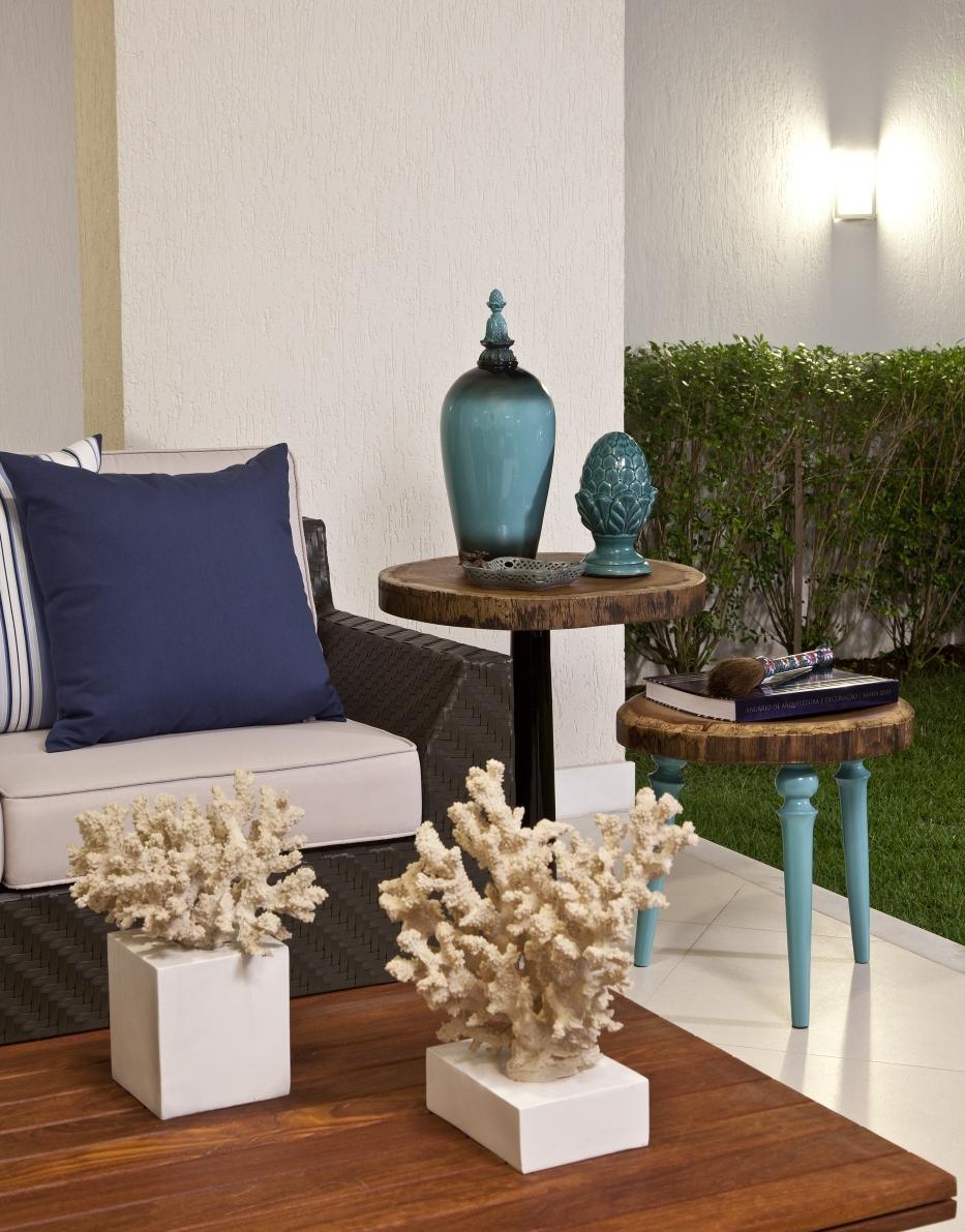 Itens decorativos em tons de azul