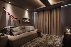 Home Theater com sofá confortável
