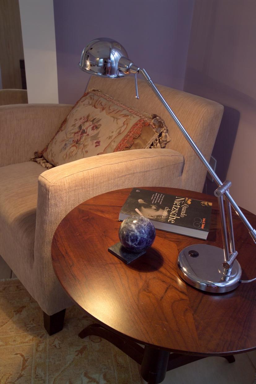 Poltrona de leitura com almofada Aubusson