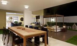 Mesa gourmet em madeira e fibra