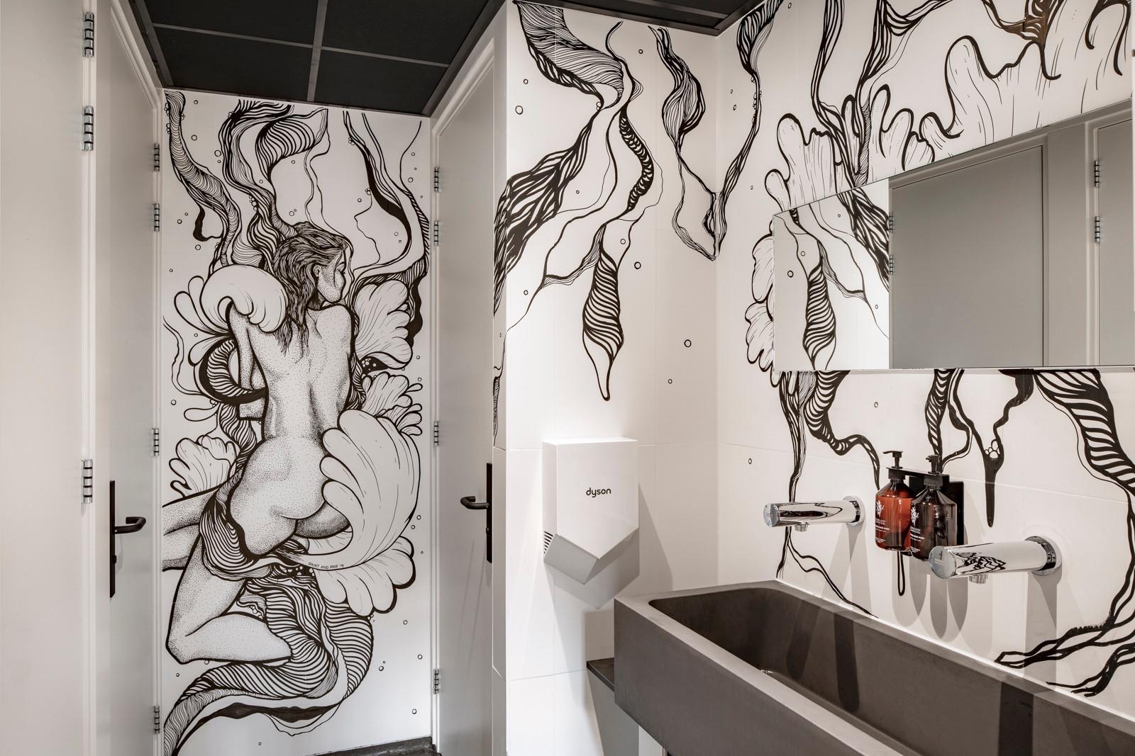 Mural Ladies Toilet, Bunk Hotel Utrecht (NL)