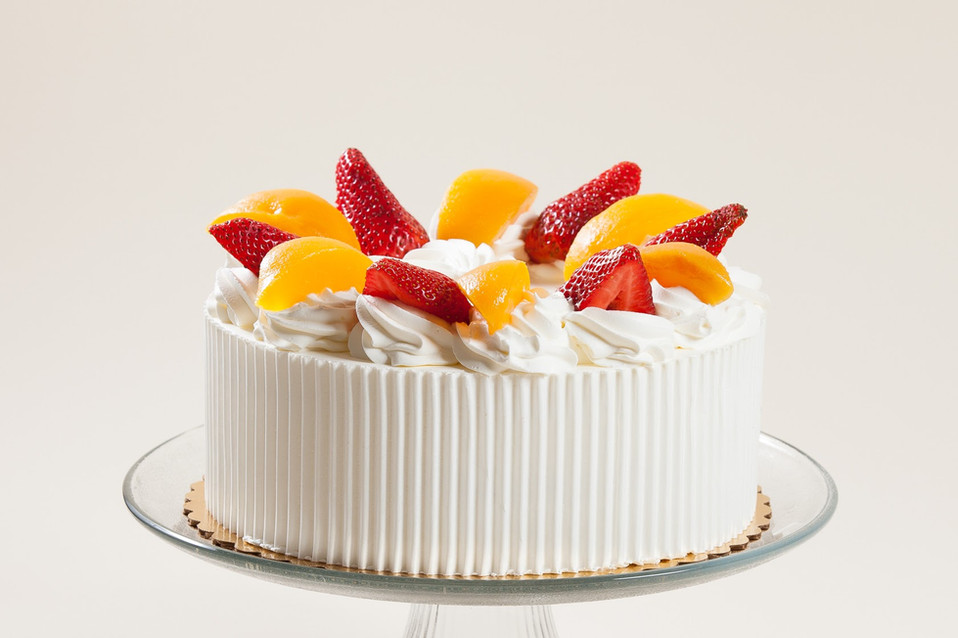 Strawberry _ Peach Whipped Cream Cake.jp