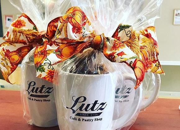 Lutz Coffee Mug with Cookies