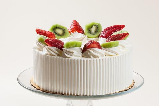 Strawberry _ Kiwi Whipped Cream Cake.jpg