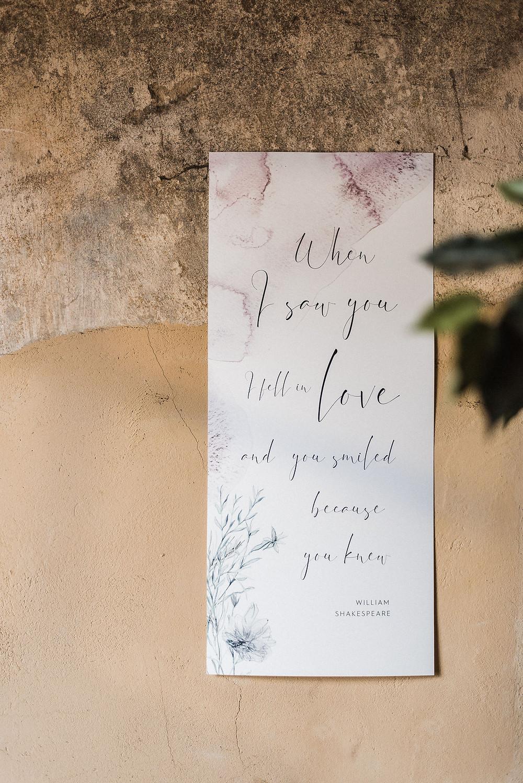 Minimalistinis plakatas su sentencija eilėraščio posmu_bruknes vestuves