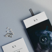 Modernūs minimalistinio dizaino kvietimai dėkliuke