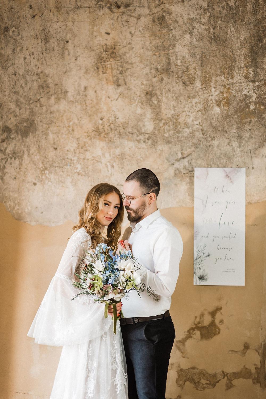 Bohemiška įvaizdinė fotosesija oranžerijoje Sp fotografija, nothing but flowers, bruknes vestuves