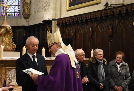 Remise de la reconnaissance diocésaine