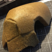Also my first time working wirh Worbla! I made the mistake here of stretching it.
