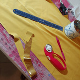 Cutting gold strips