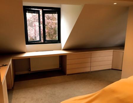 Maple Veneered Bedroom Unit.