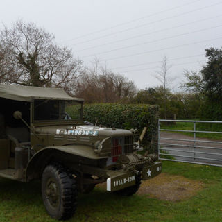 Dodge wc55 or GMC6 as a wc52 1942 & a Dodge wc64 kd 1945