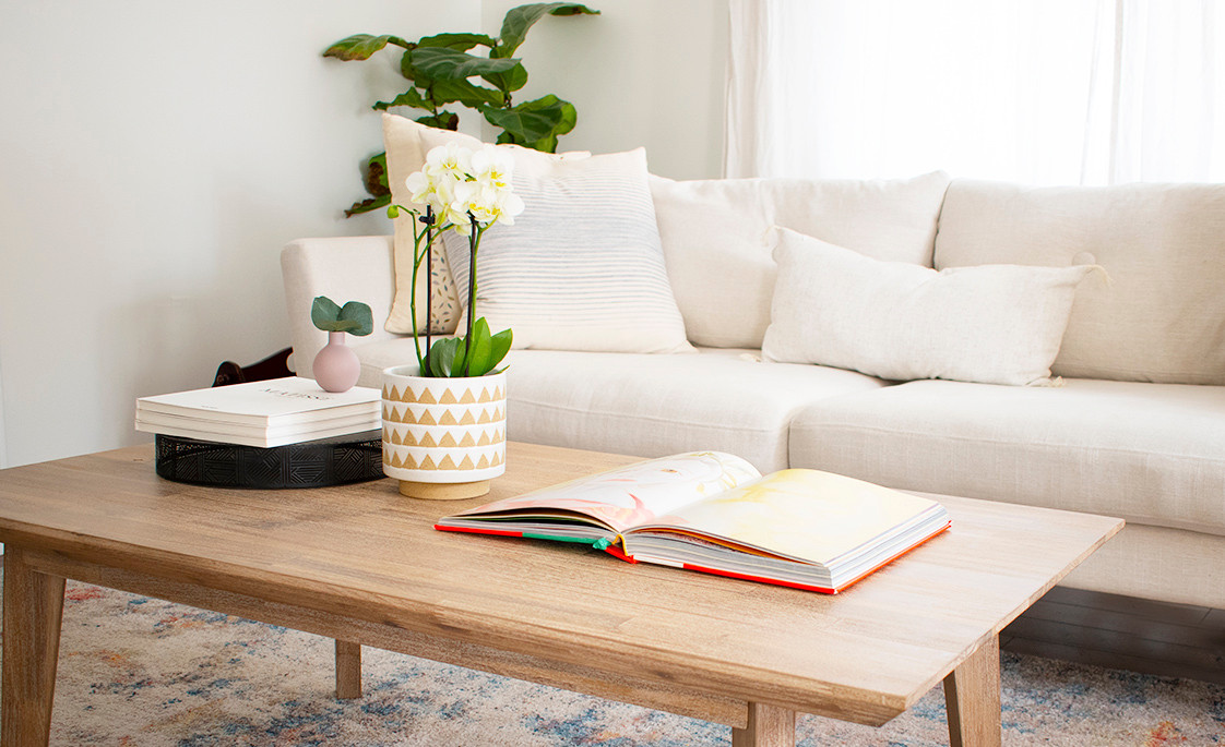 Coffee Table Styling :: Celebrating Spring