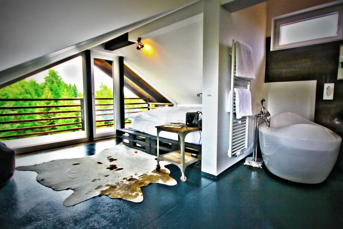 oramasuite - mit freistehender Badewanne