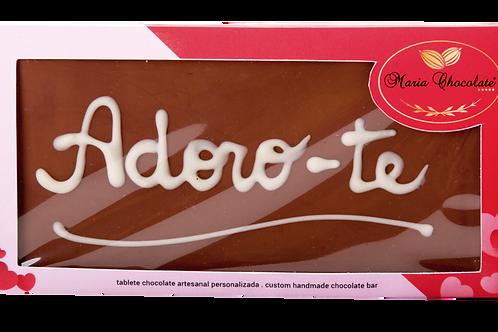 Tablete chocolate de leite  com frase