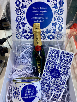 caixa gourmet luxo convite madrinha padr