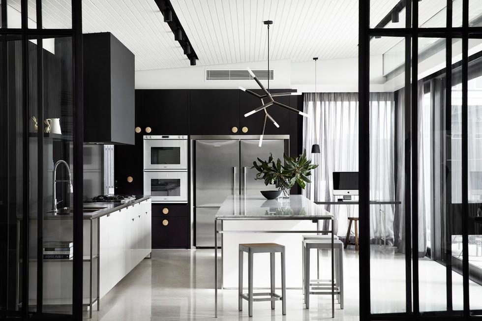 Grace Park House kitchen 1
