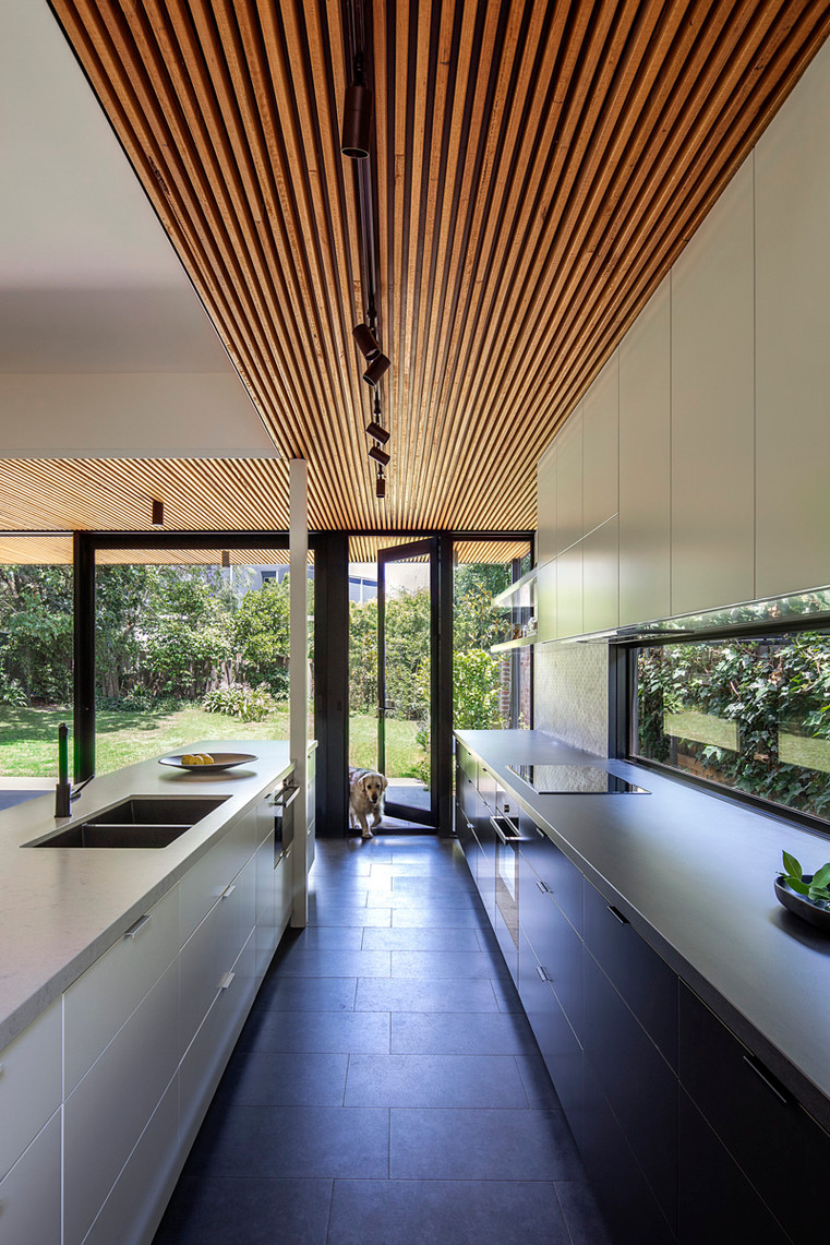 Kooyong House kitchen