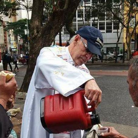 Nota de Solidariedade e Apoio ao Padre Júlio Lancelloti: