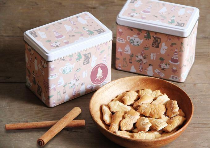 日本HOKKA姆明谷餅乾收藏版鐵盒裝(肉桂味) | 樂坊。日和。生活百貨