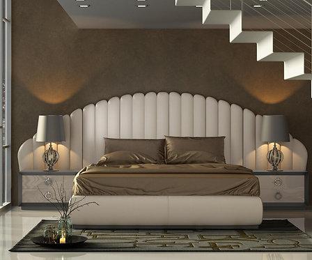 Klass Panel Bed