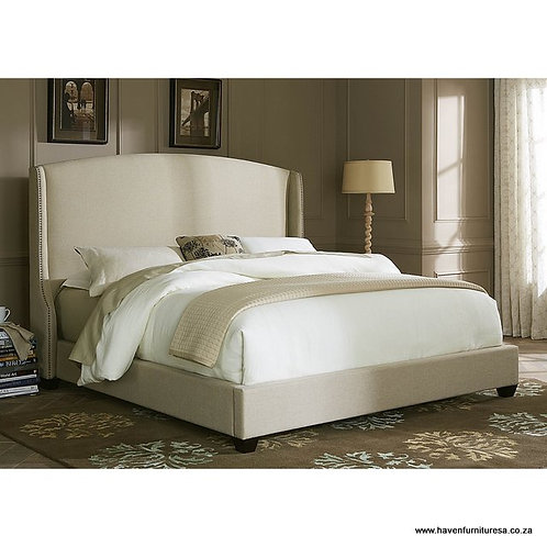 Chateaux Wing Back Bed