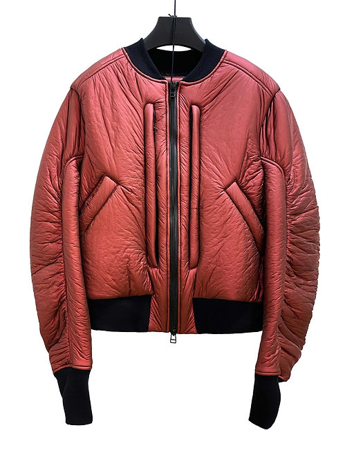 CARBON INSULATE CROPPED BOMBER (MATTE RED)
