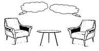 שני כיסאות ושולחן