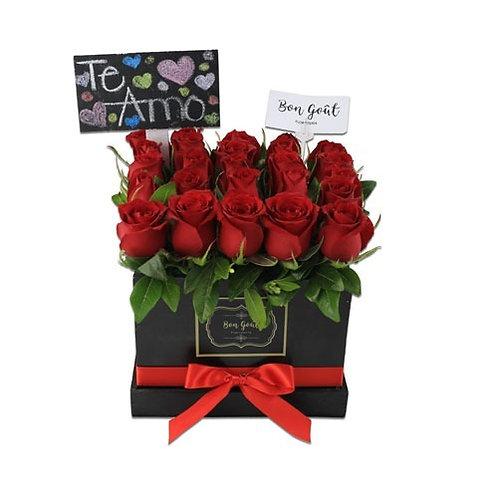 Caja de 25 rosas