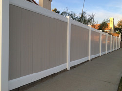 Two Toned Vinyl Fence1