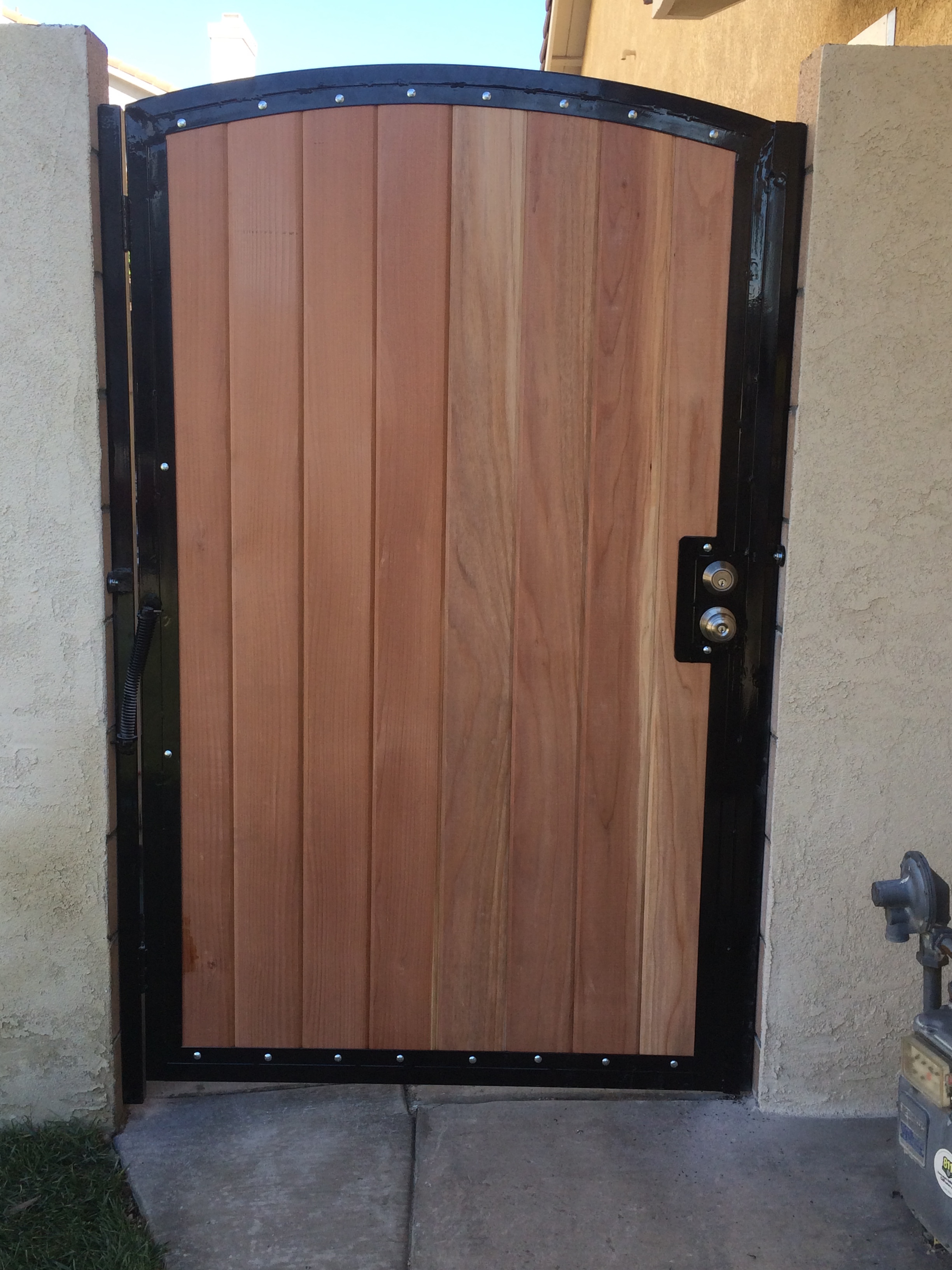 Wood Single Gate with Metal Frame