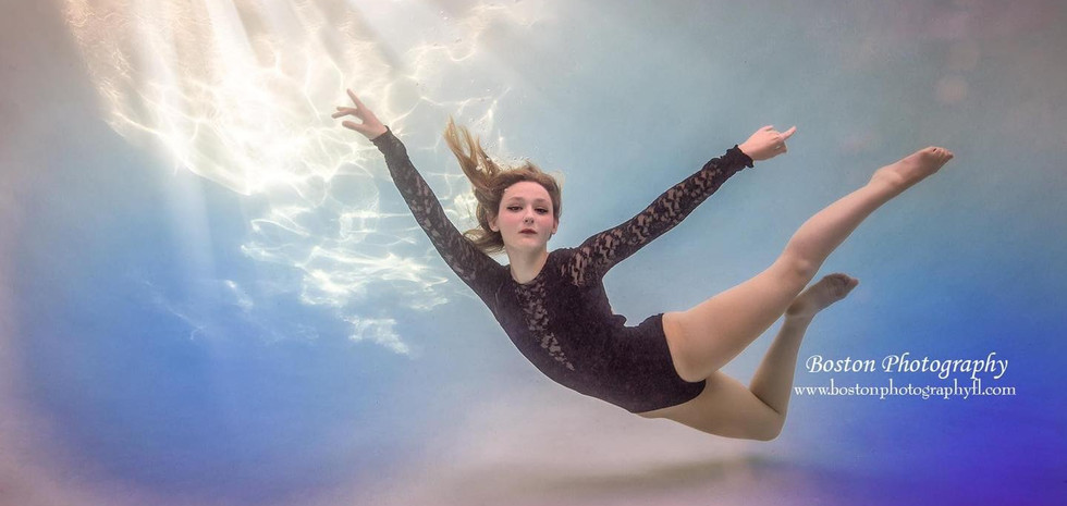 Taylor Edmondson Kellie Boston Photography.JPG