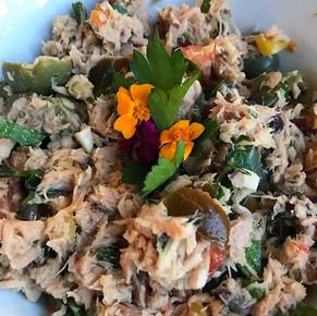 Yellowfin tuna Niçoise salad...for the G