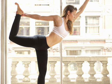 14 Things You Should Never Do in Yoga Class
