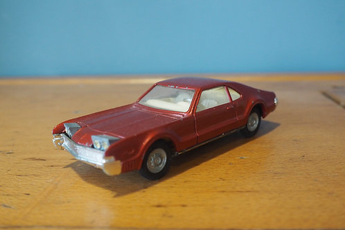 Corgi Oldsmobile Tornado - Red