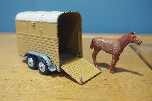 Corgi Rice Pony Trailer & Horse