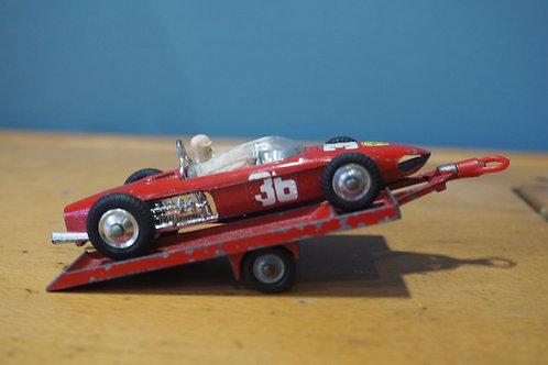 Corgi Ferrari F1 154 & Racing Trailer
