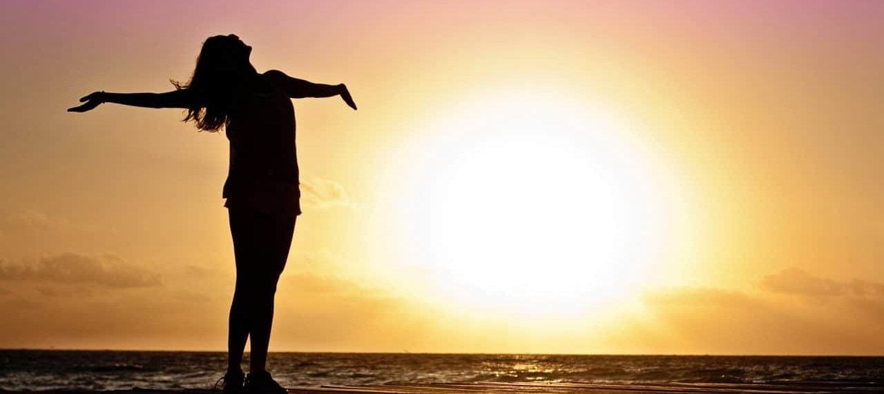 """Valorizamos a vida acima de tudo, o aqui e o agora, nossas palavras e vivências são:    Transparência - Ética - Respeito - Gentileza - Amor...    """"Tudo o que for verdadeiro, honesto e justo, tudo que for puro, amável e de boa fama, se houver algum louvor. se houver virtudes seja isso que ocupe os vossos pensamentos"""". (filipenses 4:8)"""