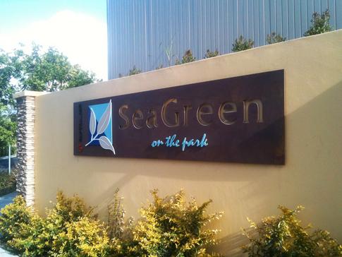 Sea Green Entrance Statement