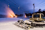 Snowmaking-at-Living-Memorial-Park-768x5