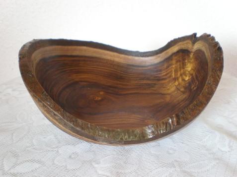 Wood: Laburnum Size: 9 X 4 Price: £40 (ref.4769)