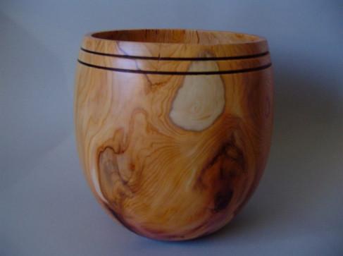 Wood: Yew Size: 8 X 7 Price: £85 (ref.3727)