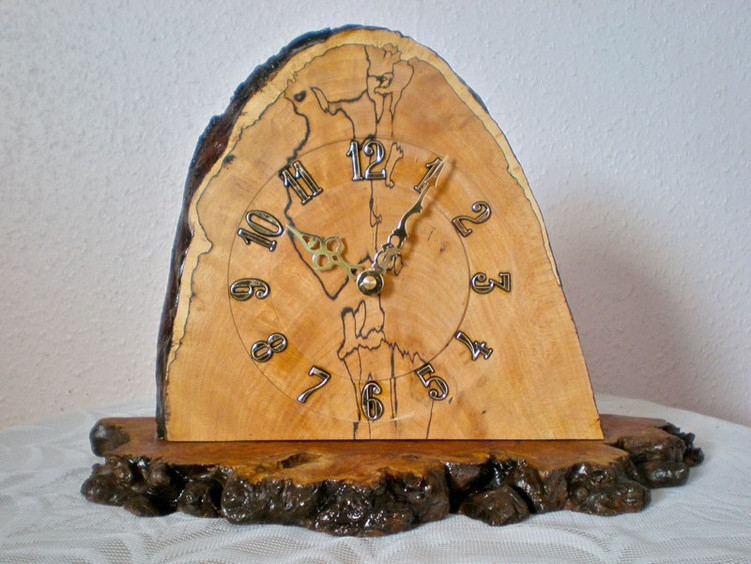 Wood: Spalted Beech Size: 9 X 11 Price: £50 (ref. 5221)