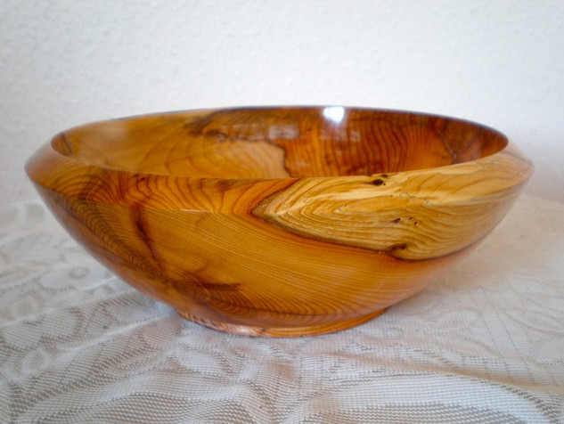 Wood: Yew Size: 9 X 3 Price: £60 (ref.5218)