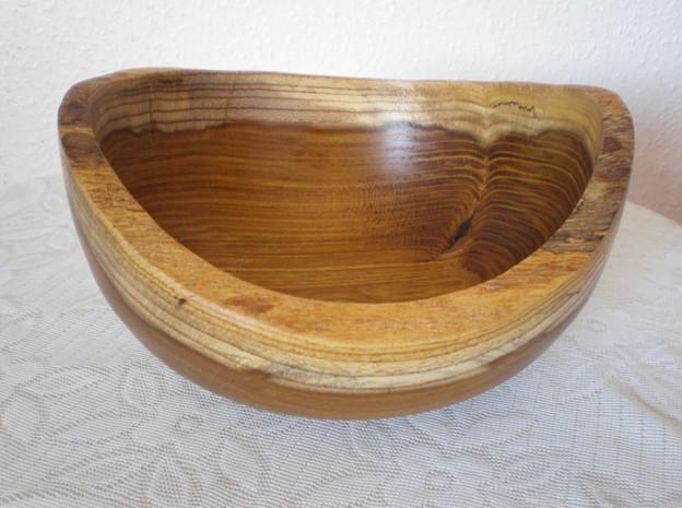 Wood: Laburnum Size: 8 X 4 Price: £45 (ref.5126)