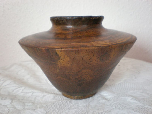 Wood: Grass root Size: 5 X 7 Price: £45 (ref.4374)