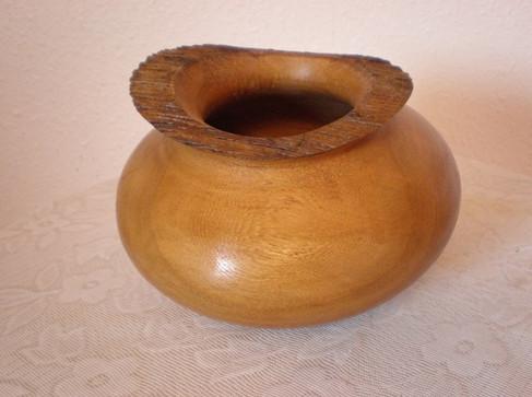 Wood: Elm Size: 7 X 5 Price: £50 (ref.4712)