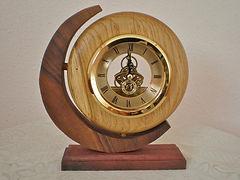 Ref 5260 Ash man in moon clock 8x8 65.jp