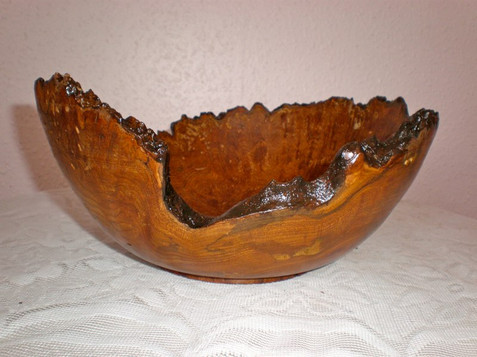 Wood: Burr Elm Size: 9 X 3 Price: £40 (ref.5167)